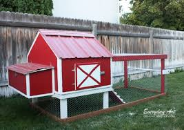 Building Backyard Chicken Coop Everyday Art Diy Backyard Chicken Tractor