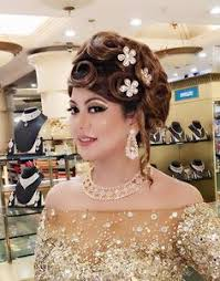 professional makeup artist school new session in hair and make up academy in delhi professional