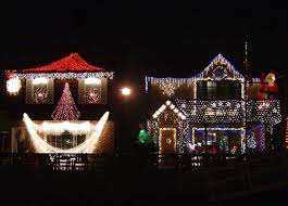 crazy christmas lights viral images and videos