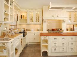 cuisines rustiques cuisiniste à blois contactez nous pour une cuisine equipée en loir