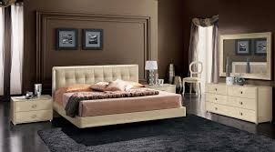 Bedroom Set With Leather Headboard Fun Rooms Romantic Italian Bedroom Ideas With Tufted Leather
