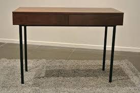 bureau design industriel bureau en bois design awesome modele de decoration salon console
