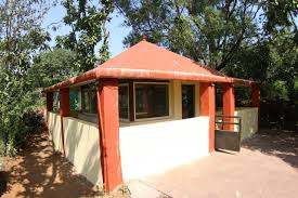 bungalows on rent in mahabaleshwar with indoor outdoor games