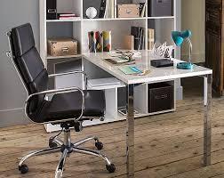dans un bureau aménager un bureau dans un espace réduit