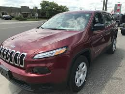 2017 jeep cherokee sport used 2017 jeep cherokee sport 4x4 demo great price low km u0027s 4 door