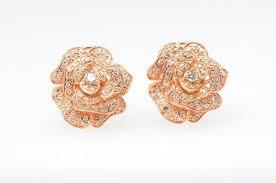 gold diamond earrings fabulous 18k gold diamond earrings jewelry kingdom