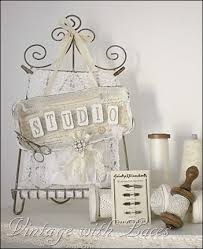 Shabby Chic Craft Room by 116 Best Ideas For My Studio Images On Pinterest Workshop Craft