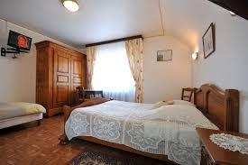 chambre d hote a eguisheim chambres d hôtes jean bombenger 8 rue du bassin 68420