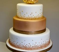 golden wedding cakes most wedding cakes for celebrations golden wedding cakes uk