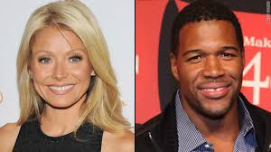 michael strahan new haircut michael strahan joins kelly ripa on live the marquee blog
