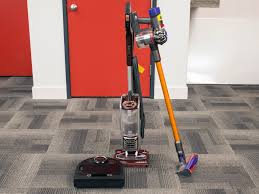 how to vacuum carpet how to choose a vacuum cleaner techgearlab