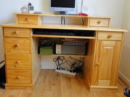 bureau en pin achetez bureau en pin massif occasion annonce vente à 77 wb151978340