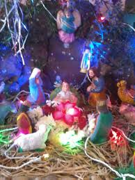 file christmas crib decorations jpg wikimedia commons