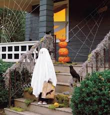 Halloween Outside Decorations Halloween Outdoor Decorations Martha Stewart Halloween Hello