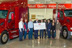 paccar inc peterbilt gives more than 390 000 to united way of denton county