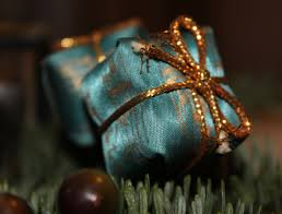secrets to holiday gift employees want recognizethis