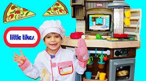Little Tikes Wooden Kitchen by Little Tikes Play Kitchen Cook N Learn Smart Kitchen Ipad App Food