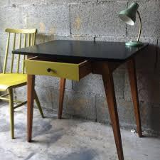 petit bureau vintage relooké les vieilles choses
