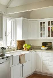 Kitchen Cabinets Cottage Style Lovely Cottage Style Kitchen Features White Kitchen Cabinets With