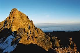அழகு மலைகளின் காட்சிகள் சில.....01 - Page 2 Images?q=tbn:ANd9GcRr4OK5k1ItDfg3vtR52_BwpulFQRFWRl_3K7yvmwq4p7tD4ykLCQ
