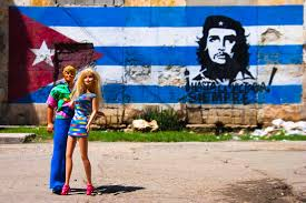 barbie around the world pescart by enrico pescantini barbie around the world che guevara selfie