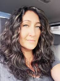 how to grow in gray hair with highlights back to dark hair with silver highlights so the silver can grow in