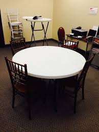 How Many Chiavari Chairs Fit At A 48 Round Table National Event