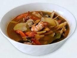 cuisine thailandaise recette soupe thaïlandaise tom yum recette ptitchef