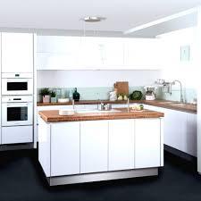 quelle couleur de credence pour cuisine blanche papier peint pour cuisine blanche avec quelle couleur avec une