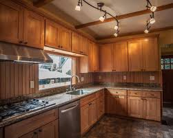 Natural Maple Shaker Cabinets Houzz - Natural maple kitchen cabinets
