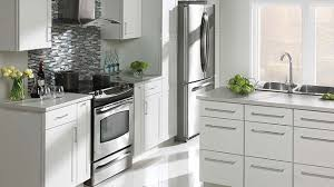choisir cuisine choisir ses armoires de cuisine rénovation bricolage