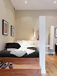 chambre adulte petit espace batiik studio petit espace mini espace chambre de bonne lit tiroir