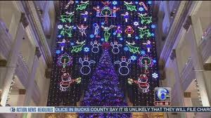 a philadelphia tradition macy u0027s christmas light show 6abc com