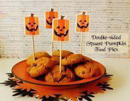 Quick Halloween Appetizers It U0027s Written On The Wall Dress Up Your Halloween Treats U0026 Food