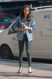 selena gomez casual gomez casual style out in york city october 2015