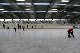 toronto gets its first covered outdoor hockey rink