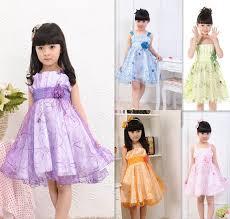 desain baju gaun anak 17 trend baju anak 2017 yang sedang populer saat ini