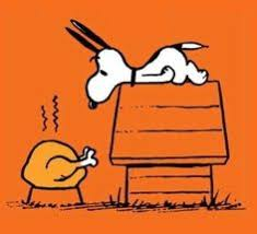 snoopy showing woodstock the turkey thanksgiving brown
