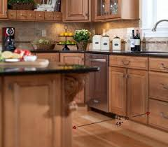 Maple Cabinets With Mocha Glaze Island 500x439 Jpg