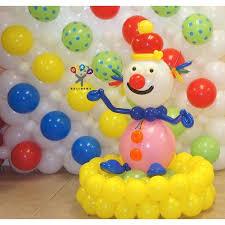 clown balloon circus decor