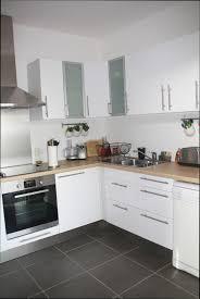 cuisine bois blanche modele de cuisine en bois cheap exceptional modele placard de