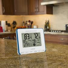 la crosse technology wireless weather station with heat index and