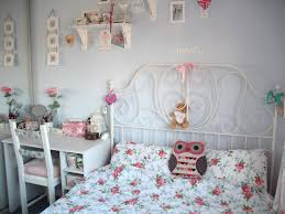 shabby chic bedroom accessories under and over bed storages unique