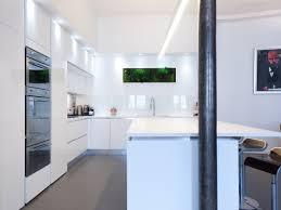 cuisine blanc laqué cuisine blanc laque avec ilot cuisine en image