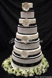 wedding cakes des moines glorious desserts des moines iowa specializing in custom