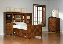 Bookcase Bedroom Sets Broyhill Furniture Carrington Collection Light Cherry Low Broyhill