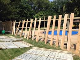 fence installation daniels lawn and landscaping services