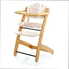 chaise haute b b leclerc leclerc chaise haute chaise haute chaise haute bois evolutive