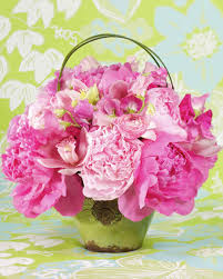Square Vase Flower Arrangements Spring Flower Arrangements Martha Stewart