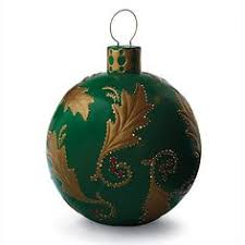 green ornaments gr n with nv